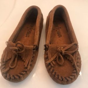 Minnetonka loafers toddler 10